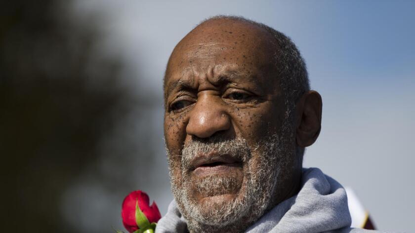 Los abogados de Bill Cosby buscan que el caso sea desestimado y los abogados de Janice Dickinson dicen que necesitan declaraciones juradas del comediante y Singer para oponerse apropiadamente a sus esfuerzos.