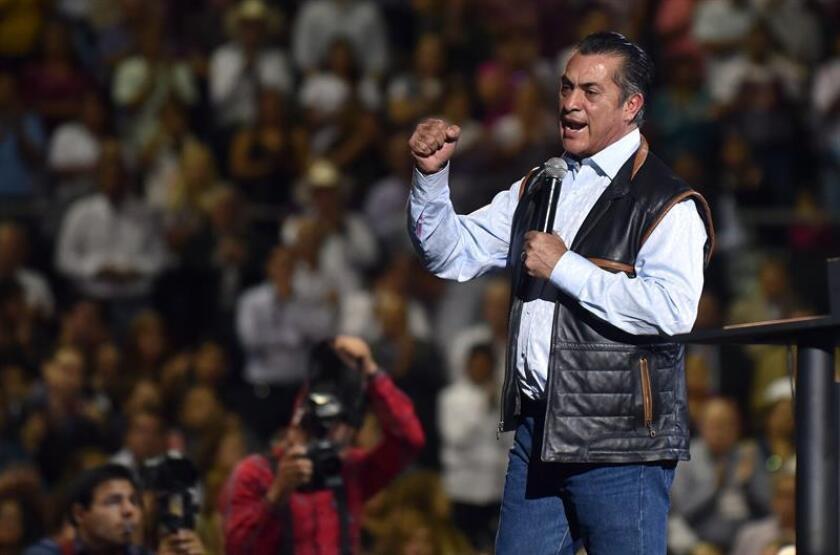"""El gobernador del estado de Nuevo León, Jaime Rodríguez Calderón, conocido como """"el Bronco"""", ha acaparado hasta el momento 1,8 millones firmas, superando la cifra necesaria establecida por ley de 866.593. EFE/Archivo"""