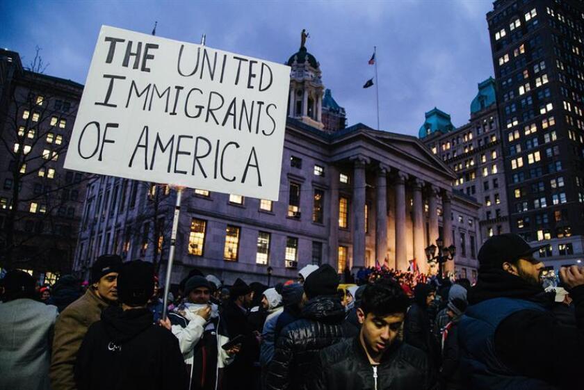 El liderazgo del movimiento santuario de Nueva York afirmó hoy estar listo para ayudar a los indocumentados, que les han expresado su temor ante las redadas que lleva a cabo la nueva administración del presidente Donald Trump. EFE/Archivo