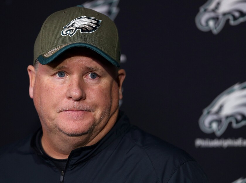 Chip Kelly denies meeting with USC