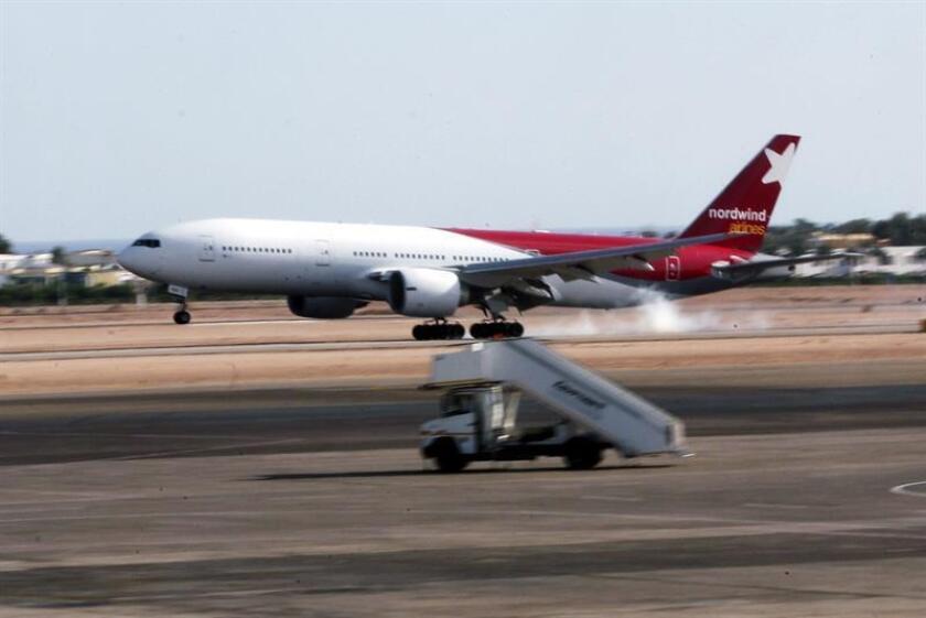La aerolínea operará hasta el próximo marzo un vuelo chárter semanal al Aeropuerto Internacional de Las Américas (AILA), este de Santo Domingo, adonde llegó ayer en su vuelo inaugural. EFE/Archivo