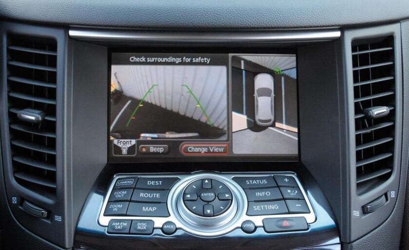 La nueva política indica que todos los autos nuevos deberán tener una cámara trasera incluída, que se active cuando el auto sea puesto en reversa.
