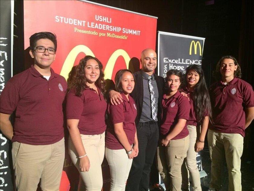 Oradores Motivarán A Jóvenes De Miami A Seguir Carreras