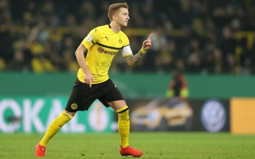 Marco Reus de Dortmund celebra un gol durante un partido. EFE/Archivo