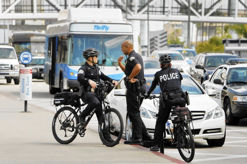 TSA calls for more police at checkpoints in airports