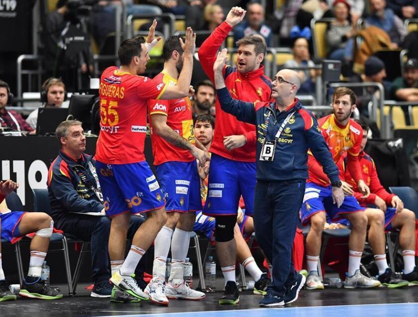Jugadores españoles celebran durante el partido del Campeonato Mundial de Balonmano Masculino IHF entre España y Japón en Múnich (Alemania). EFE
