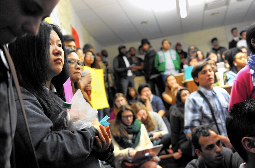 Students listen as the USC Student Government votes Tuesday on a resolution to increase diversity.