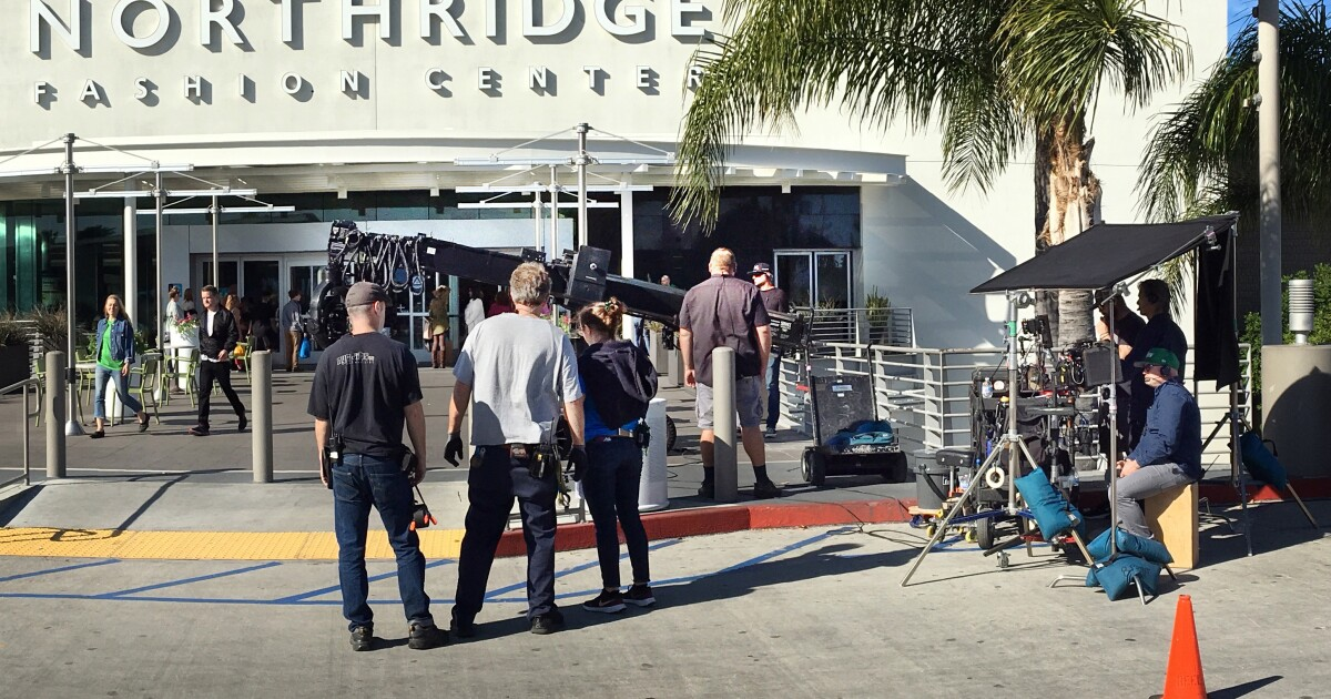 Los Angeles Reopens For Filming Amid Coronavirus Los Angeles Times