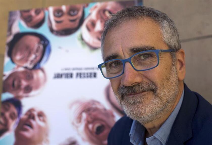 """Javier Fesser, director de """"Campeones"""", la película escogida por la Academia de Cine para representar a España en la próxima edición de los Óscar, dijo hoy a Efe que tiene """"gran confianza"""" en las opciones de la cinta y aseguró que quien la ve """"se siente feliz y mejor persona"""". EFE"""