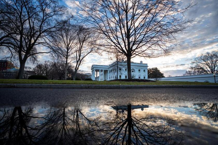 The White House on the first morning of a partial government shutdown in Washington, DC, USA, 22 December 2018. Earlier in the week, President Trump rejected a Senate-passed continuing resolution to fund the federal government because it did not include money for his border wall. EFE/EPA