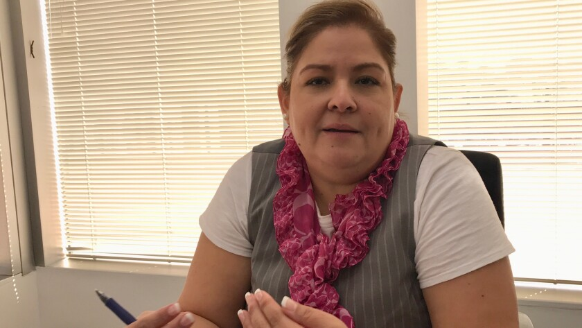Alicia Villamariona, consul general de El Salvador en Los Angeles