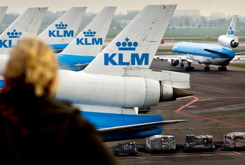 Aviones de la aerolínea holandesa KLM en el aeropuerto Ámsterdam. EFE/Archivo