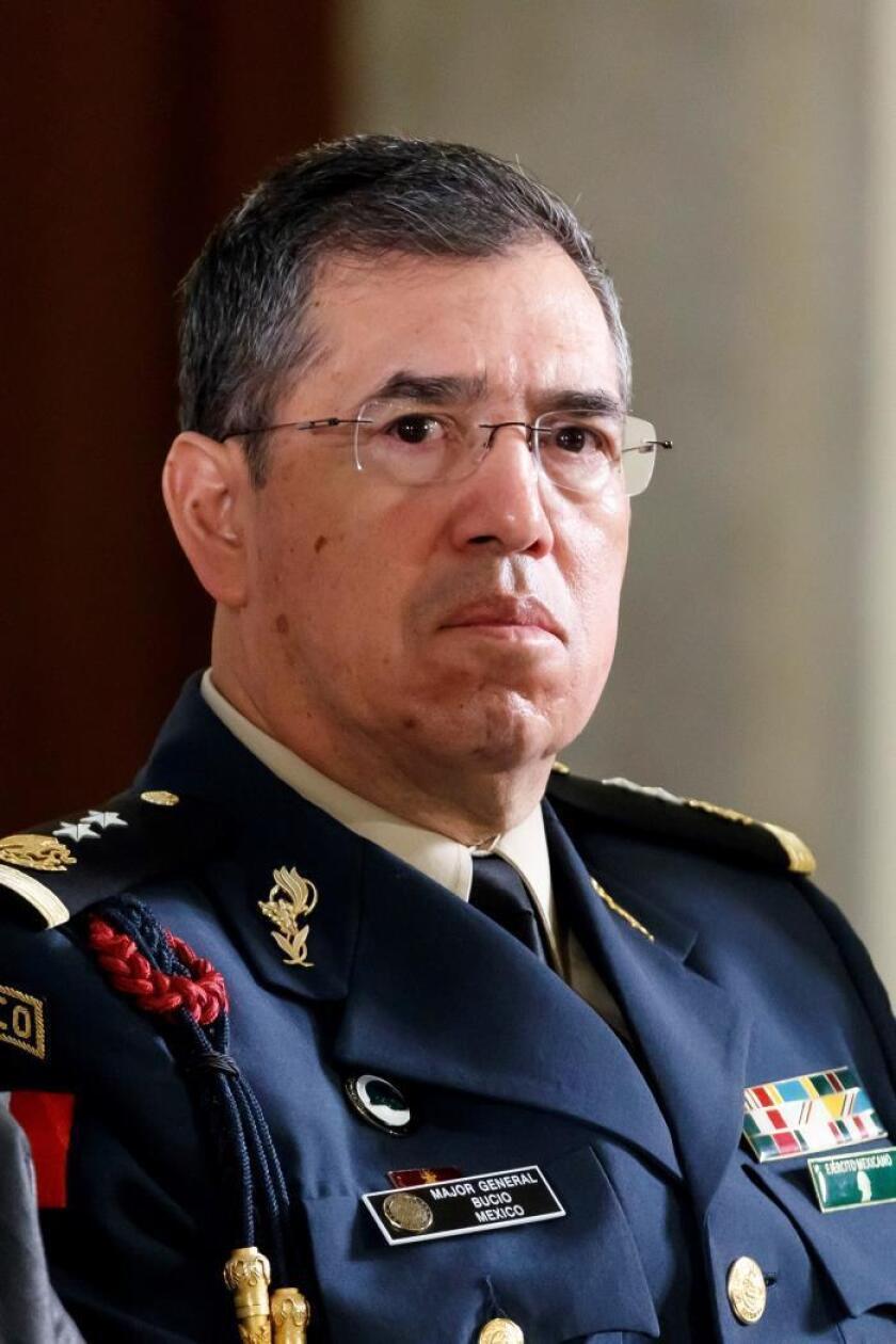 El comandante de la Guardia Nacional mexicana se jubila del Ejército