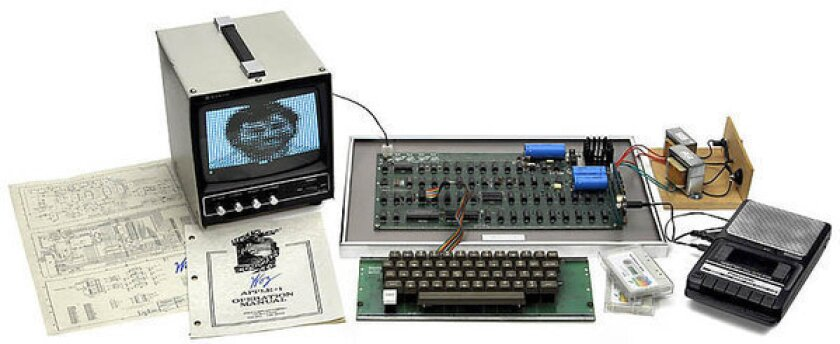 Old Apple-1 computer sells for record $671,400 at auction