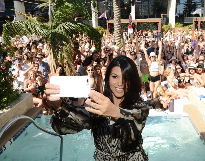 Kourtney Kardashian shares snapshot of baby No. 3.
