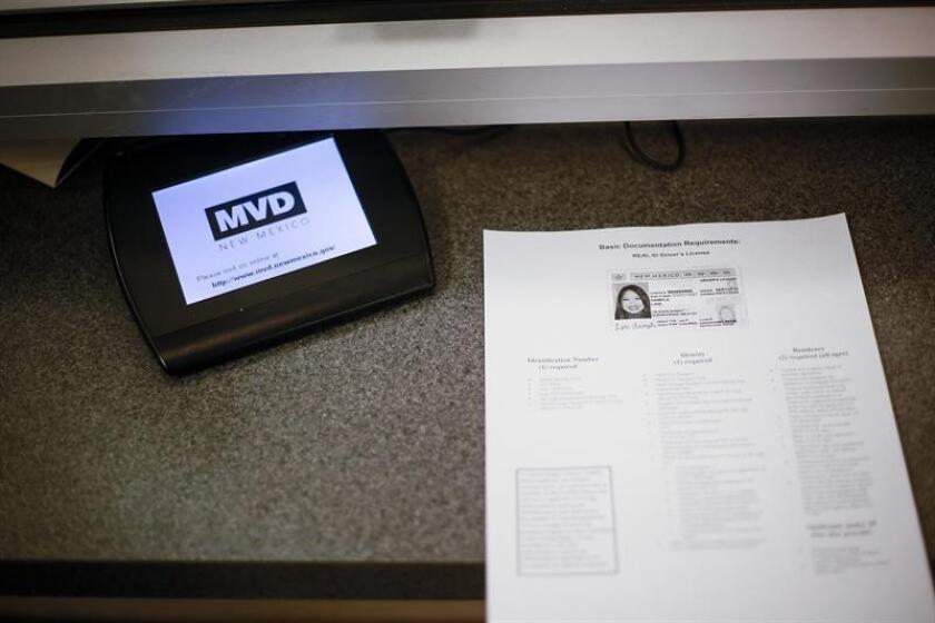 Vista de una parte del departamento de vehículos de motor (MVD) de Nuevo México. EFE/Archivo