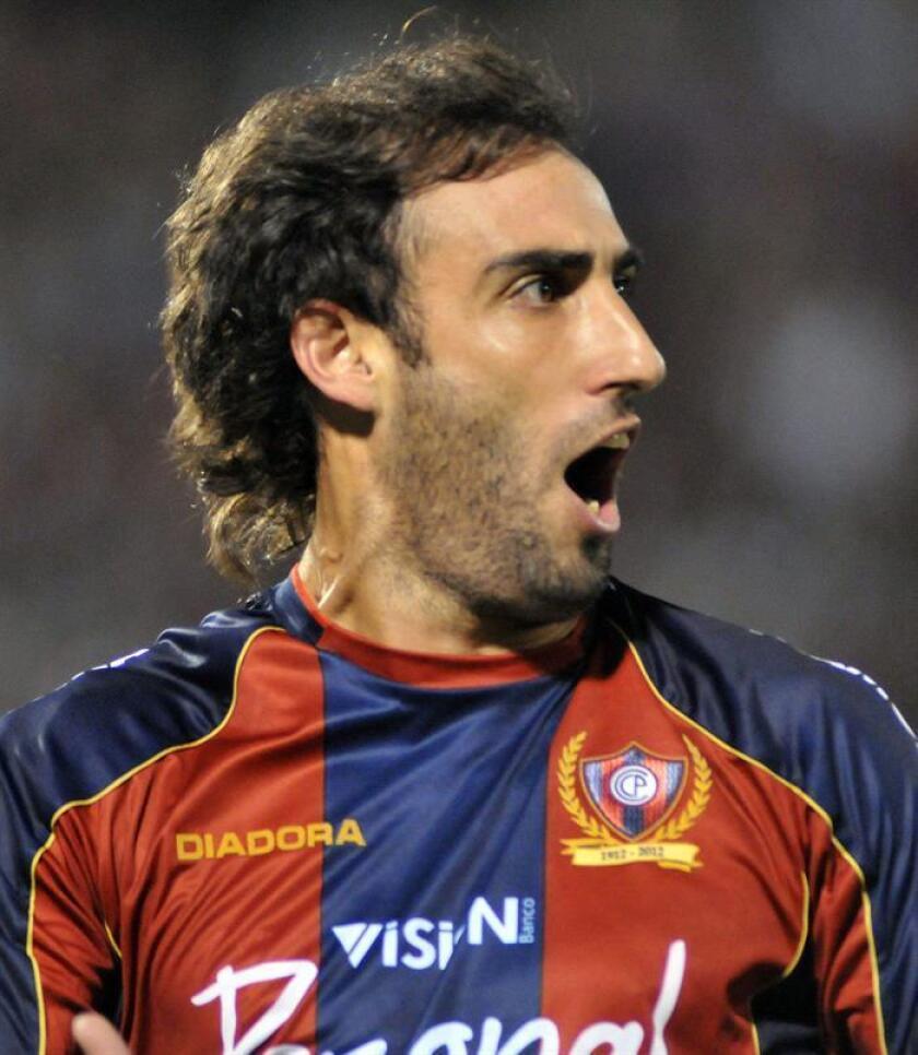 The former Cerro Porteño player from Paraguay, Roberto Nanni from Argentina celebrating a goal in asunción Paraguay on Nov. 1, 2012. EPA-EFE FILE/Andrés Cristaldo