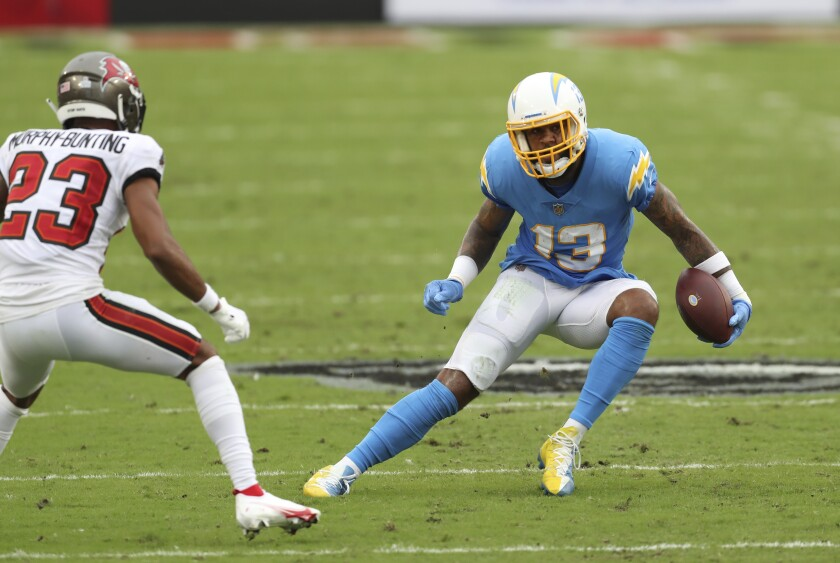 Chargers receiver Keenan Allen tries to outmaneuver Buccaneers cornerback Sean Murphy-Bunting.