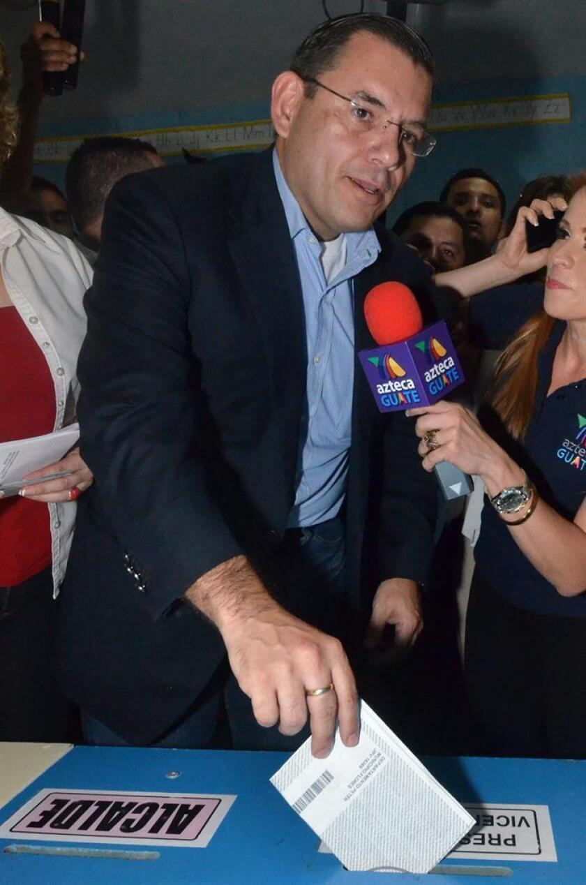"""El excandidato a la Presidencia de Guatemala Manuel Baldizón, acusado en Estados Unidos de lavado de dinero, está en """"negociaciones"""" con la Fiscalía, que incluyen una """"posible"""" libertad bajo fianza. EFE/ARCHIVO"""