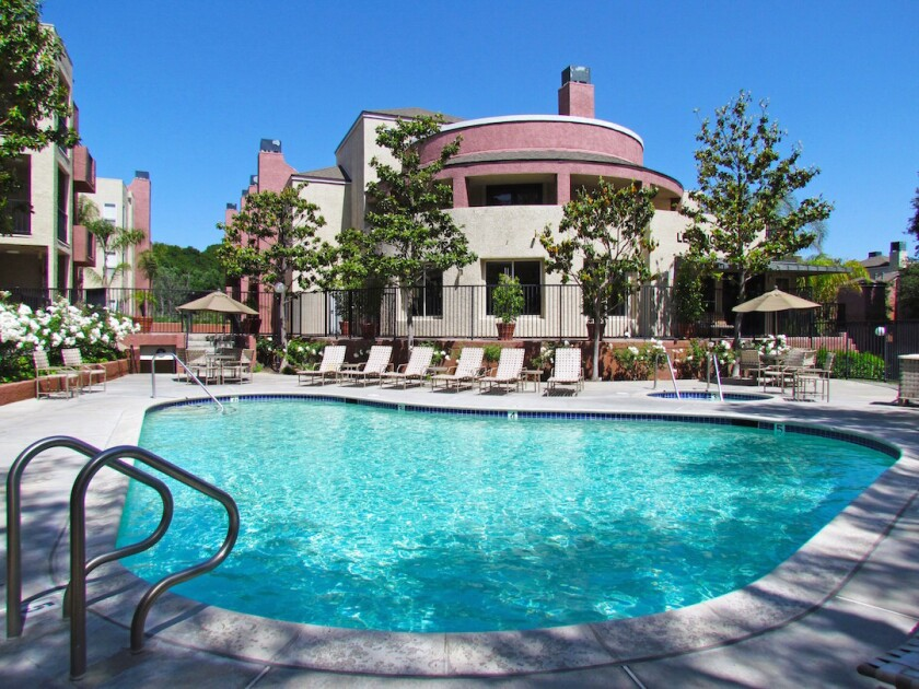 Canyon Crest apartments in Santa Clarita