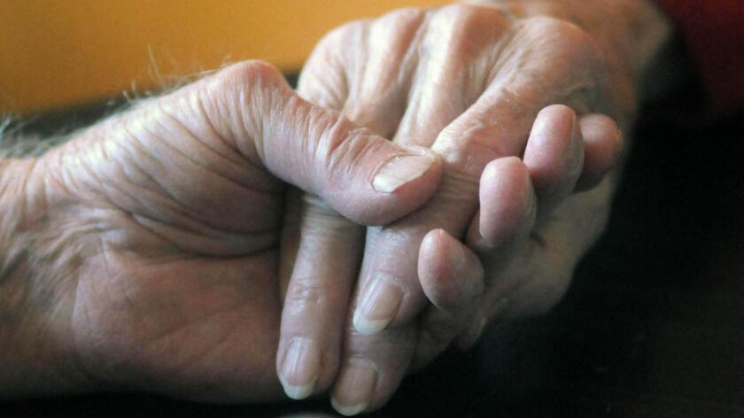 Foto de archivo. La historia de esta pareja de San Antonio, Texas, está cautivando las redes sociales y acaparando espacios en medios informativos, luego de que trascendiera la forma en que el matrimonio falleció, cuando ambos tenían 78 años de edad.
