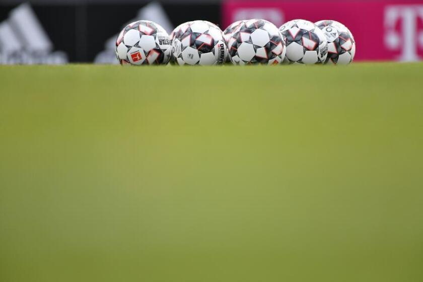 Imagen de unos balones de fútbol. EFE/Archivo