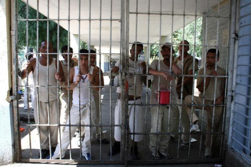 Revelan lujos de narcotraficante el Cuini en penal de la Ciudad de México