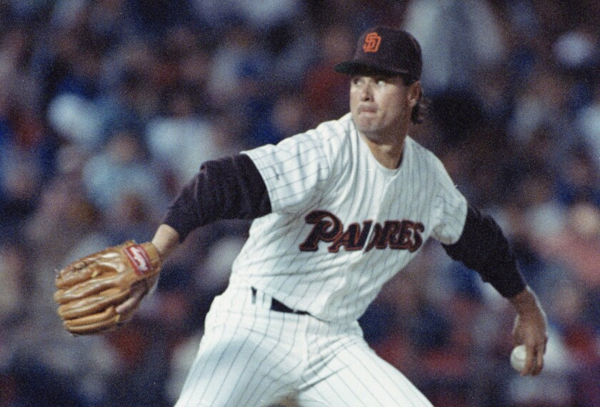 Padres' Mark Davis delivers a pitch in June 1989.