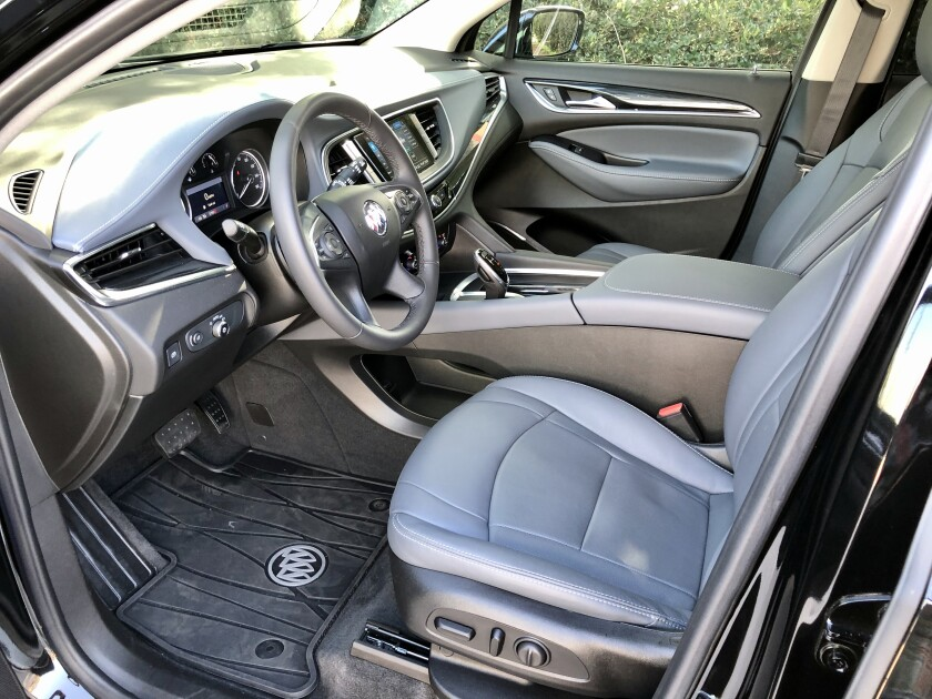 Buick-EnclaveST-FrontSeat-2.jpg