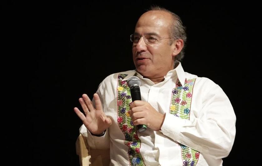 El expresidente de México, Felipe Calderón, participa hoy, viernes 27 de enero de 2017, en un conversatorio durante la segunda jornada del XII Hay Festival que se realiza en Cartagena (Colombia).EFE
