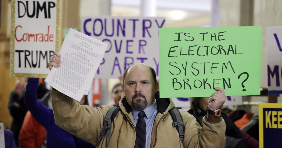 Column: Think we should scrap the electoral college? Here's why that's a bad idea