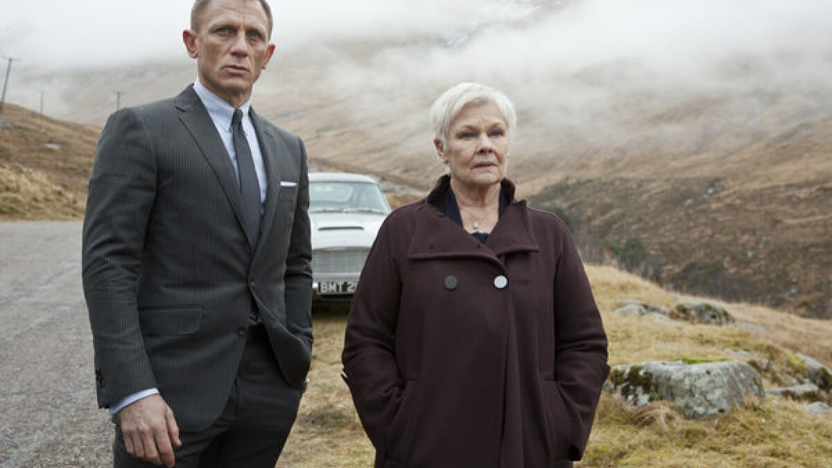 Movie review: 'Skyfall' shows James Bond still sharp and fit at 50 - Los  Angeles Times