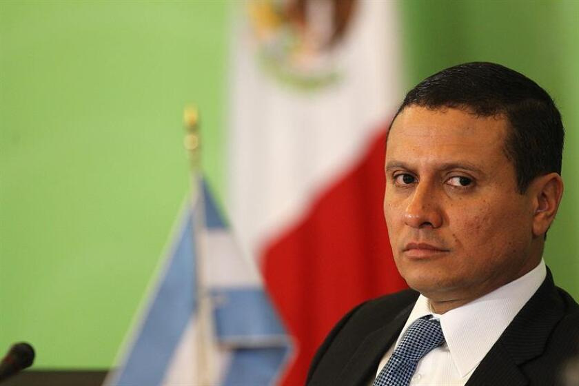 El ministro de Relaciones Exteriores de Guatemala, Carlos Morales, participa hoy, martes 14 de febrero de 2017, durante la 25 sesión de la conferencia general del Organismo para la Proscripción de las Armas Nucleares en la América Latina y el Caribe (Opanal) y el 50 aniversario de la firma del tratado de Tlatelolco, que se lleva a cabo en Ciudad de México. EFE