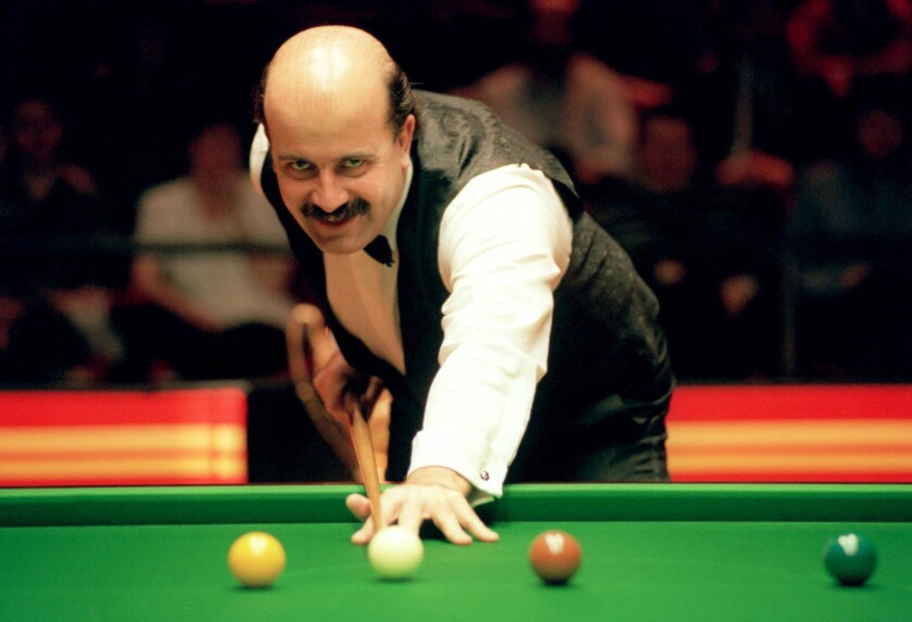 FILE - This Feb. 6, 1994 file photo, shows Willie Thorne. Willie Thorne, a former snooker player who was one of Britain's most distinctive sportsmen in the 1980s, died on Wednesday June 17, 2020. He was 66. (PA via AP, File)