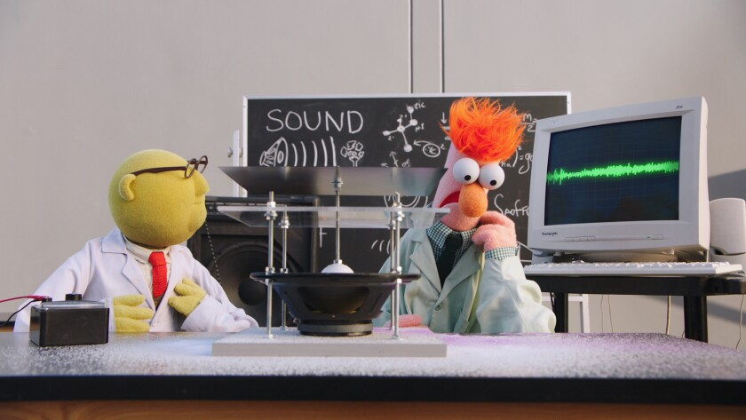 """Dr. Bunsen Honeydew and Beaker investigate sound waves on """"Muppets Now."""""""