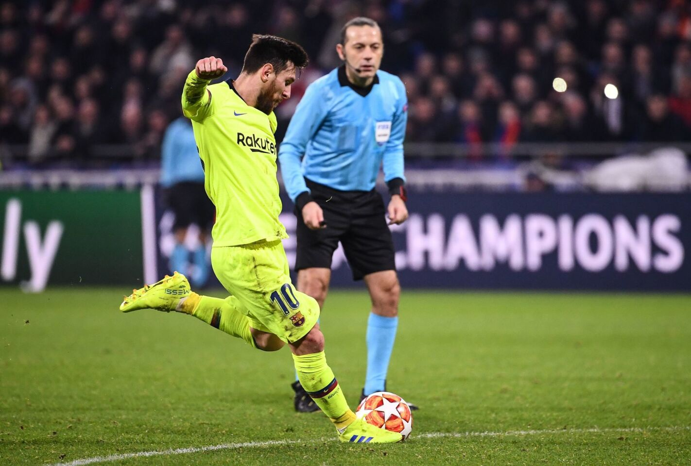 Barcelona's Argentinian forward Lionel Messi prepares to shoot the ball during the UEFA Champions League round of 16 first leg football match between Lyon (OL) and FC Barcelona on February 19, 2019, at the Groupama Stadium in Decines-Charpieu, central-eastern France. (Photo by FRANCK FIFE / AFP)FRANCK FIFE/AFP/Getty Images ** OUTS - ELSENT, FPG, CM - OUTS * NM, PH, VA if sourced by CT, LA or MoD **