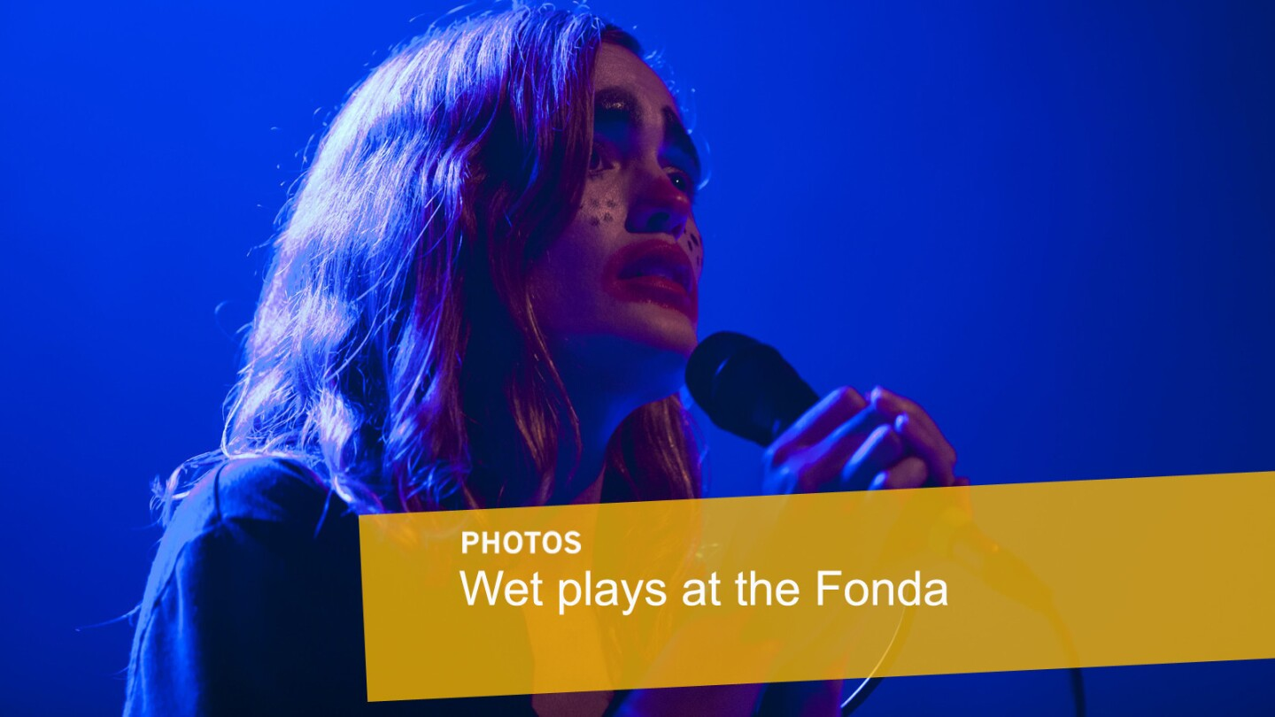 Kelly Zutrau performs with Wet at the Fonda in Los Angeles on Oct. 30, 2015.