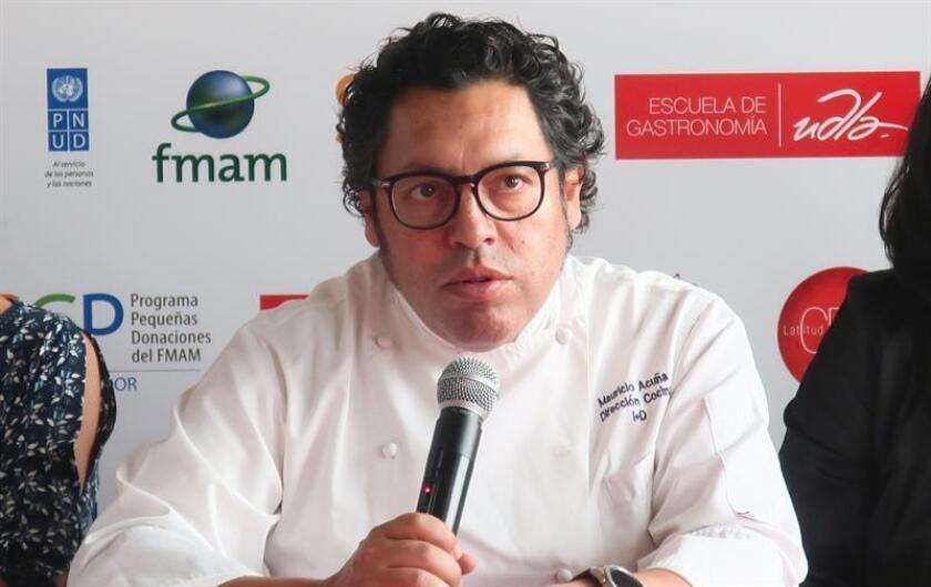 """El chef y productor de la feria gastronómica """"Latitud Cero"""" Mauricio Acuña habla hoy, jueves 8 de noviembre de 2018, en Quito (Ecuador). EFE"""