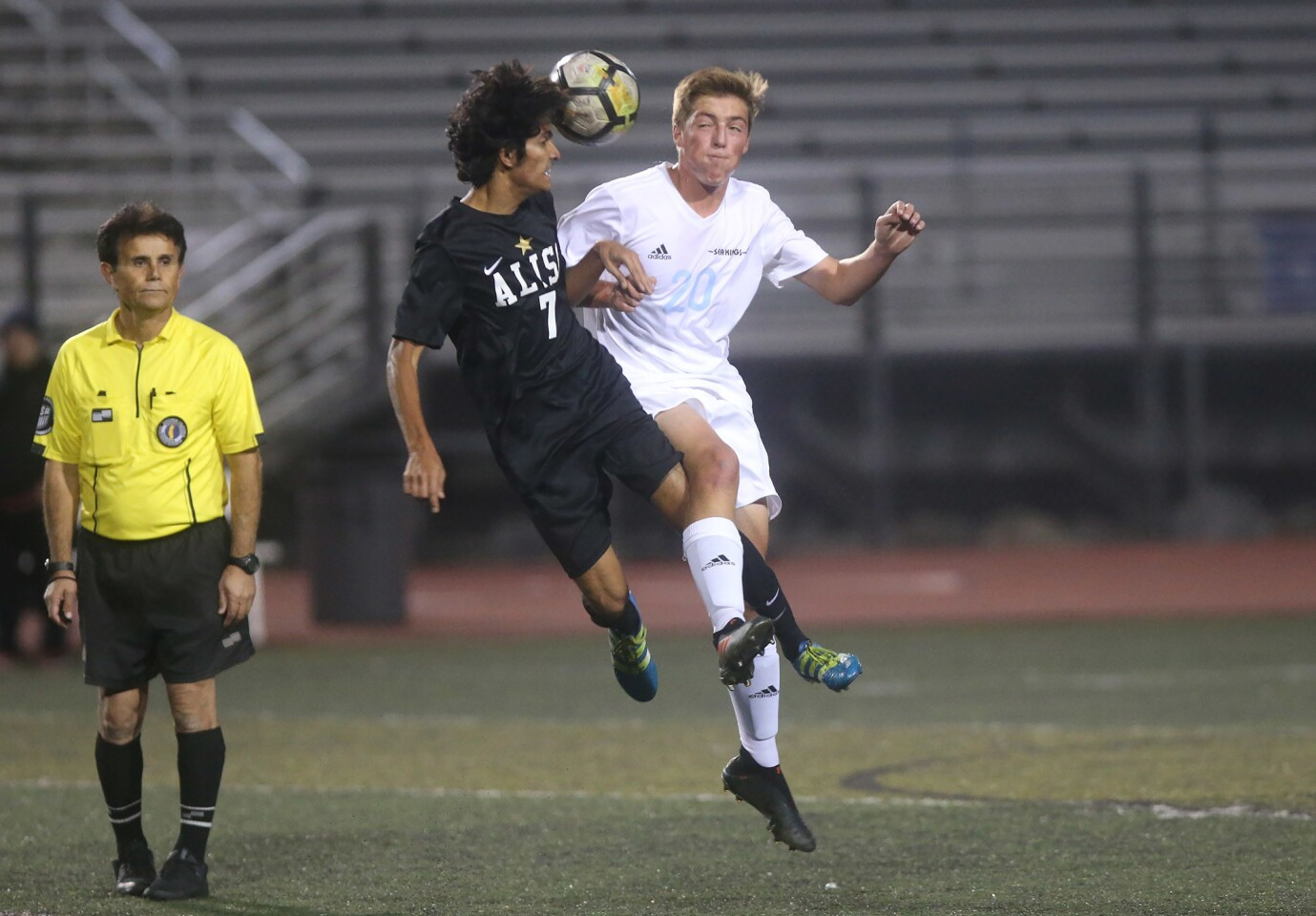 Photo Gallery: Corona del Mar vs. Aliso Niguel in boys' soccer
