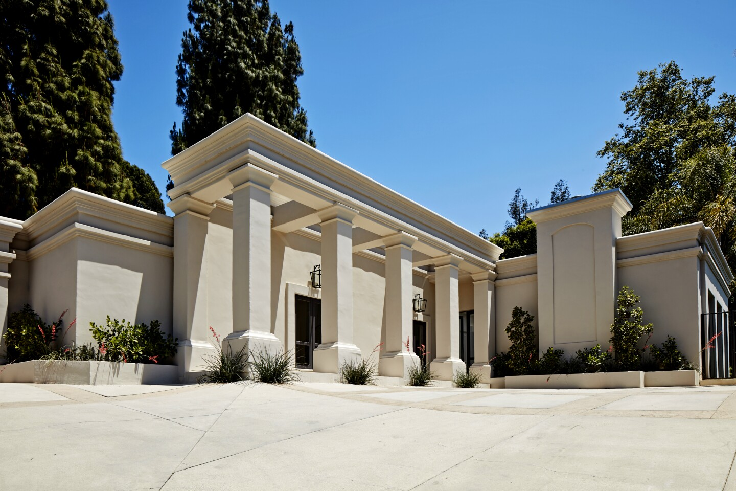 Subban and Vonn, who are engaged, paid $6.75 million for a renovated home in the Beverly Hills Post Office area. Reimagined by JR Builders, the villa-style home features a column-lined entry, gallery walls and skylights. Pocketing doors open to a swimming pool with a spa in the backyard. The house sits behind gates on more than half an acre.