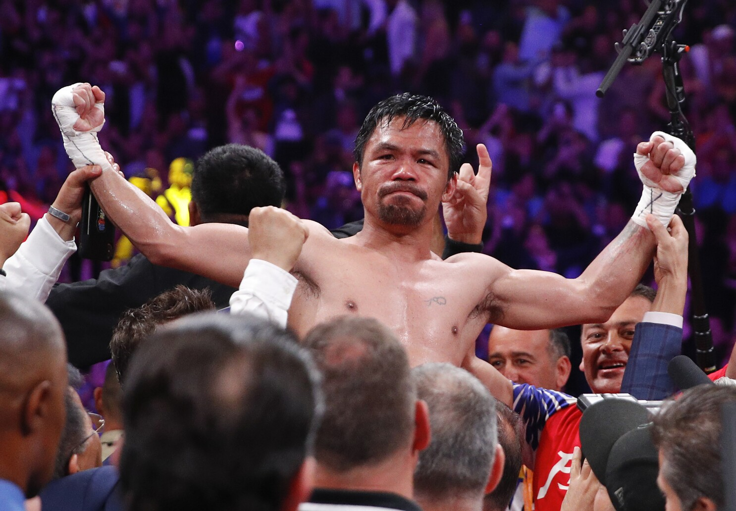 Commentary: Manny Pacquiao's victory would be the ultimate farewell to a storied career