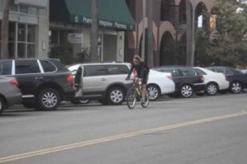 The City of san Diego's new agreement with the bike-sharing project, DecoBike, could bring more bicyclists into the streets of La Jolla.