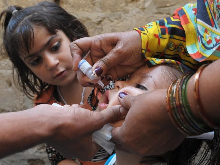 Pakistan polio vaccination