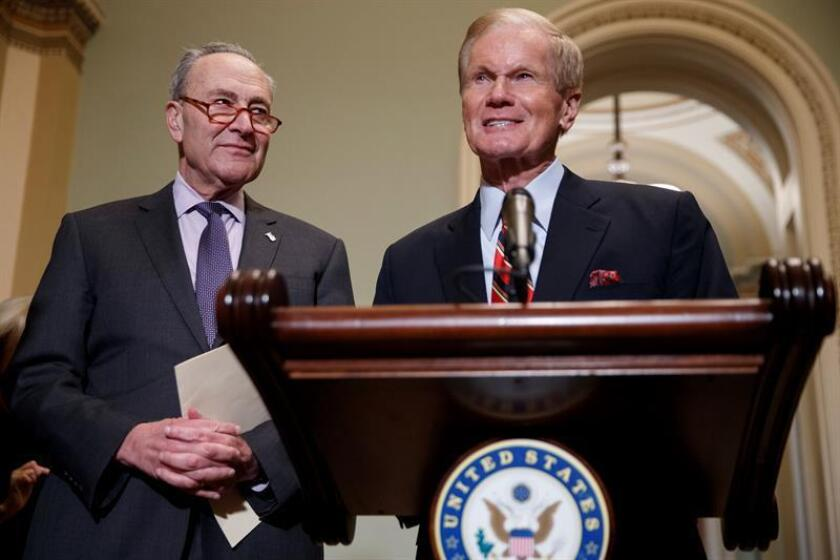 Democratic Florida Sen. Bill Nelson (r) holds a press conference with Senate Minority Leader Chuck Schumer (l) at the Capitol in Washington on Nov. 13, 2018. EFE-EPA/SHAWN THEW