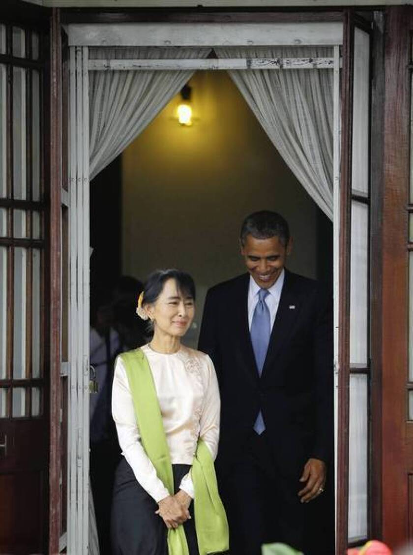 Obama visit to Myanmar mixes diplomacy and tourism