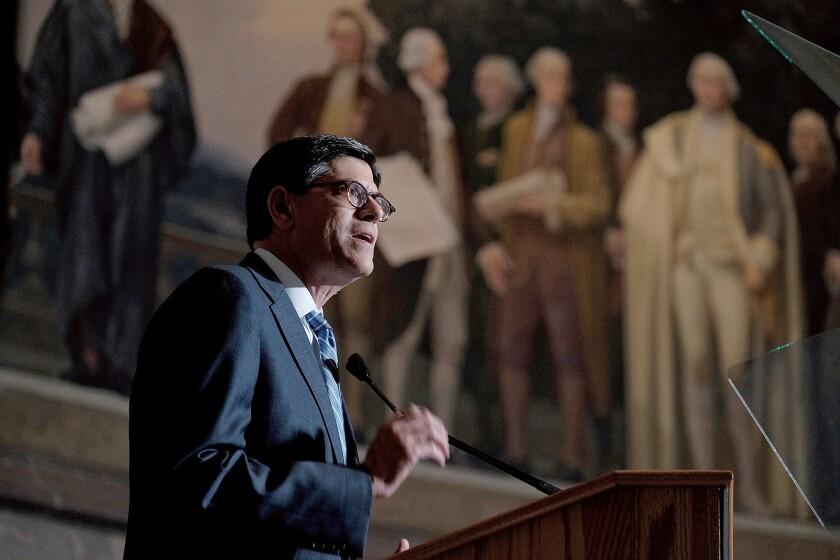 Treasury Secretary Jacob Lew announces the redesign of the $10 bill.