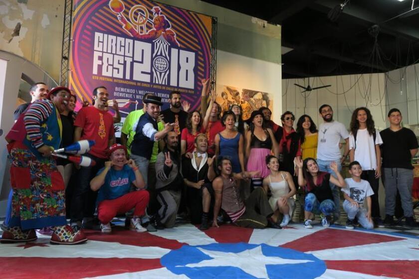 """Un grupo de artistas participan en la quinta edición del Festival Internacional de Circo y Artes de Calle de Puerto Rico """"Circo Fest"""", hoy, jueves, 8 de marzo de 2018, en San Juan (Puerto Rico). EFE"""