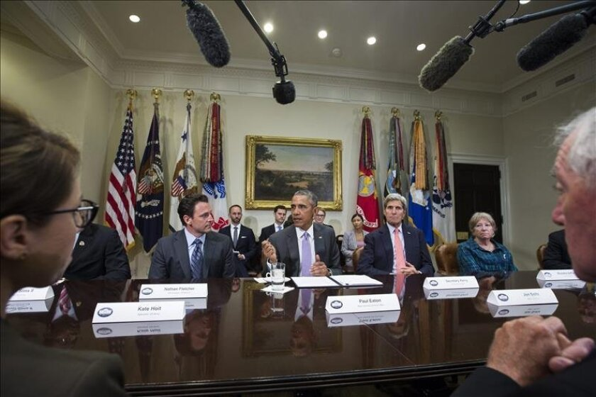 A group of veterans including former state Assemblyman Nathan Fletcher, left, met with President Barack Obama and Secretary of State John Kerry at the White House Thursday to discuss the Iran nuclear agreement. EFE