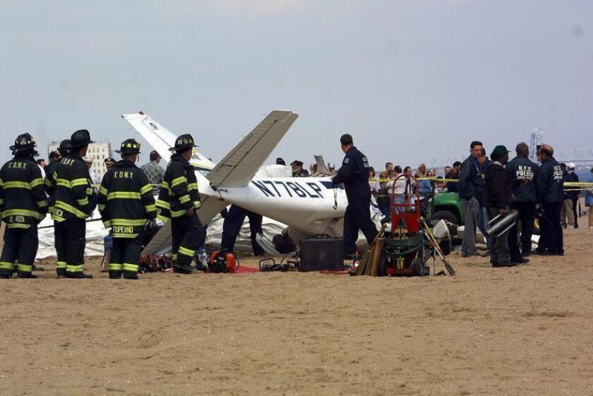 Avioneta aterriza de emergencia en una carretera del estado de Washington