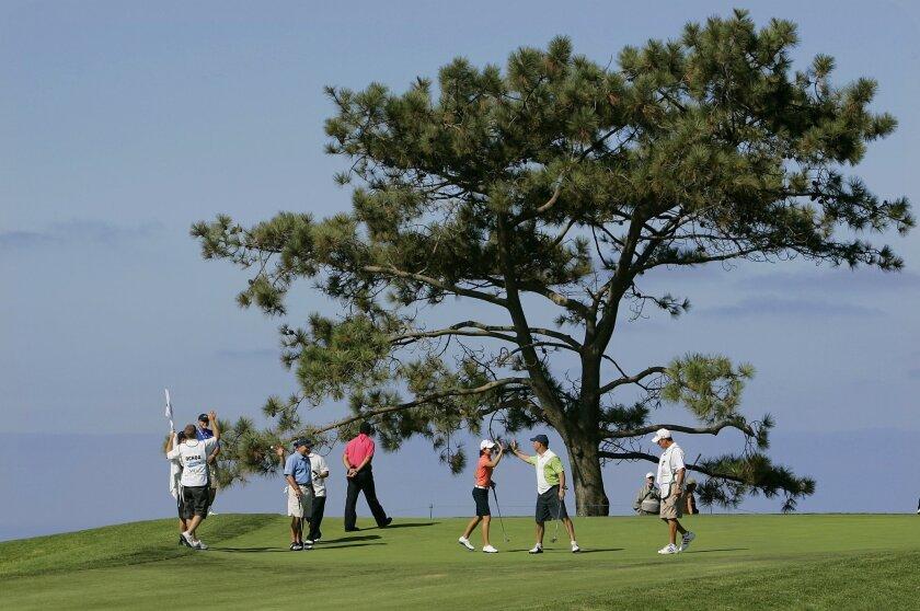 Yesterday's LPGA pro-am event at Torrey Pines preceded today's start of the Samsung World Championship. (Eduardo Contreras / U-T)